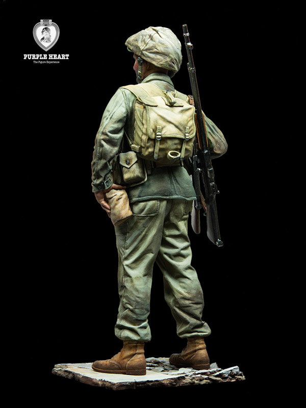 PH48-F001 - US Marine, 1945 (1:48)