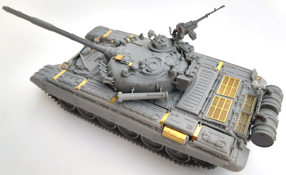 Tank Mania 48011 T-72M1 - 1/48 scale resin kit