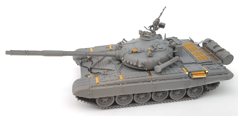 Tank Mania 48010 T-72M - 1/48 scale resin kit
