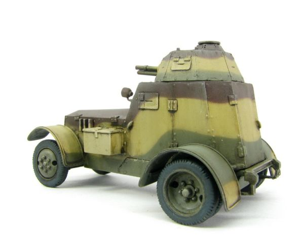ToRo 48019 - Polish armoured car wz.34-II with 37mm Puteaux gun