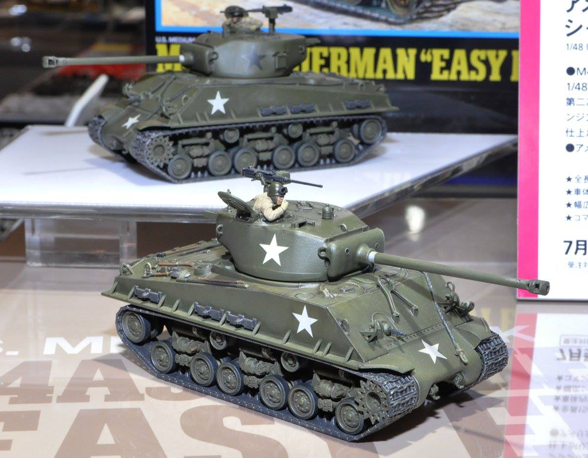 "32595 - U.S. medium tank M4A3E8 Sherman ""Easy Eight"""